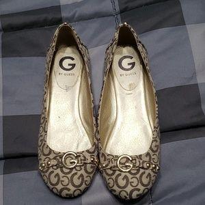 4a4bc5041 ... todfler Guess Flat shoe